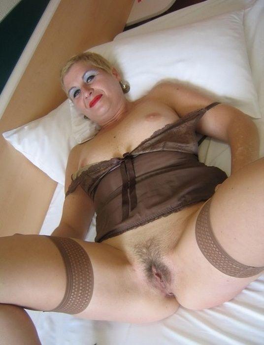 monika-b-porno-foto