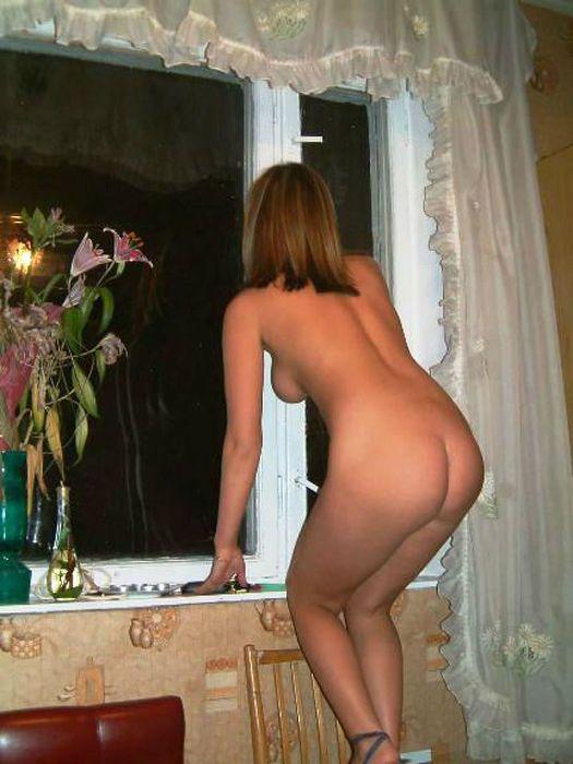 фото голой соседки