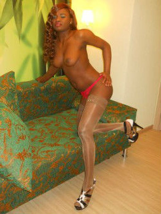 боль пронзила проститутки негритянки екатеринбурге с телефонами вера видит