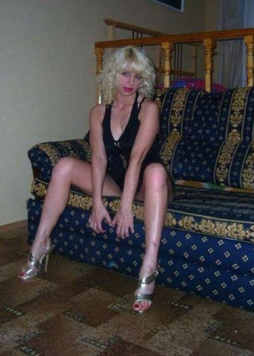 Снял старую проститутку хмельник проститутки