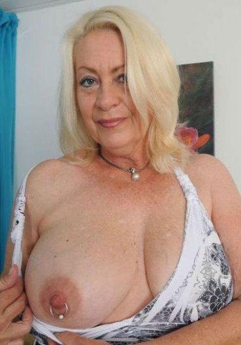 фото голых старых больших женщин